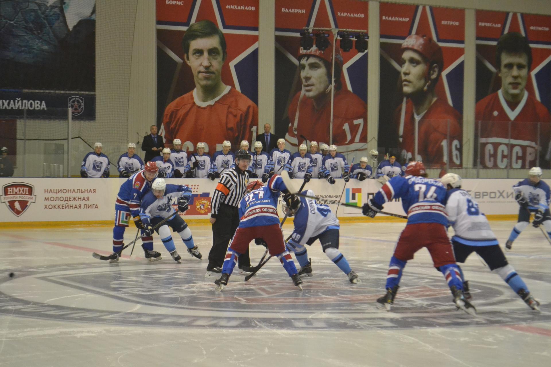 Новый хоккейный сезон начался с хороших результатов для новомосковской команды